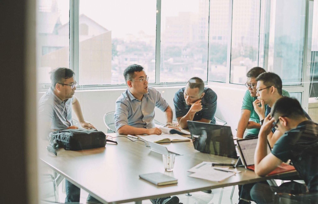 How To Put Together An Effective Sales Team?